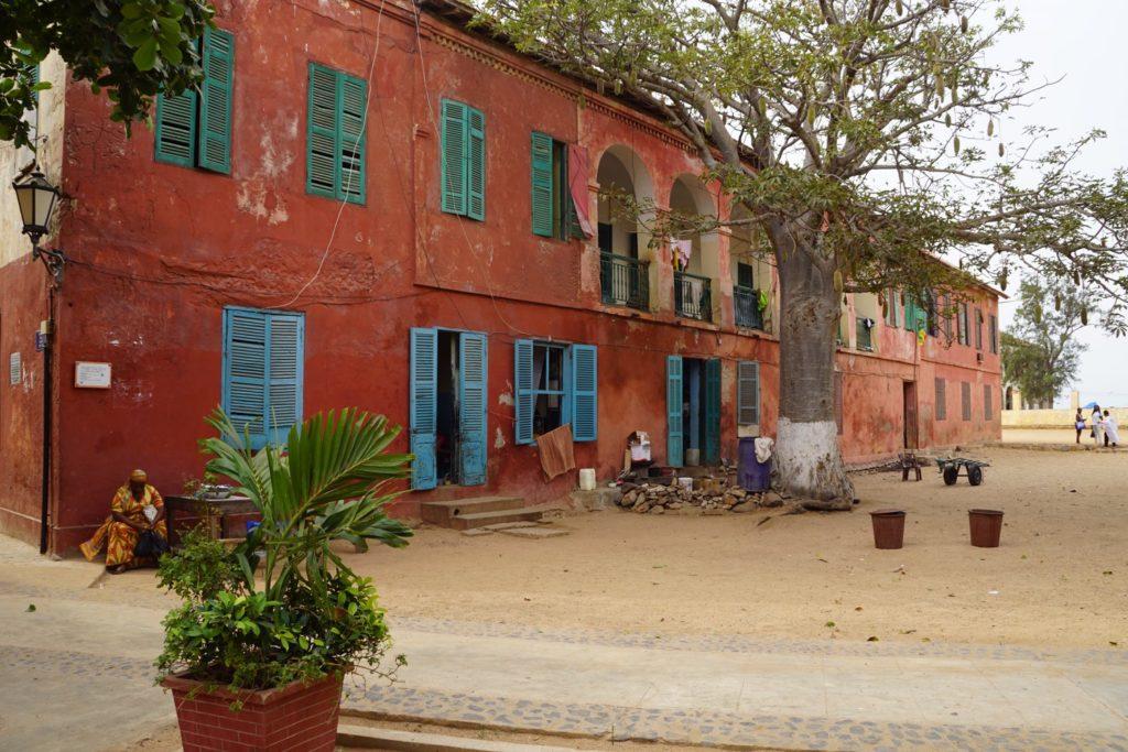 Place Principale de l'île de Gorée