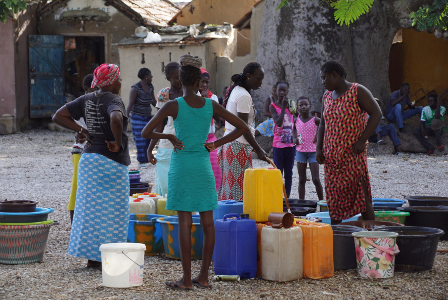 Approvisionnement en eau à Fadiouth, Sénégal