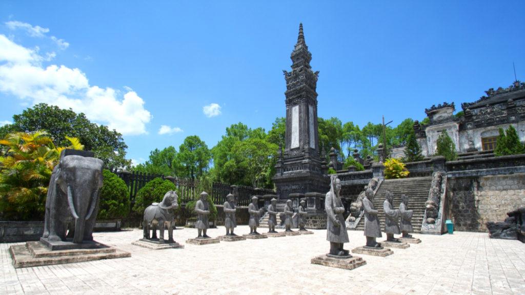 Hue, tombe de l'Empereur Khai Dinh, Vietnam